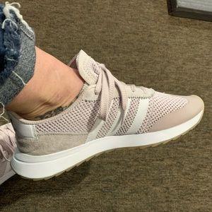 Adidas originals mauve sneakers rare color